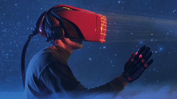 这些虚拟现实设备 你都见过吗?